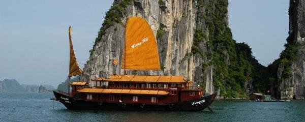 Halong Bay Cruises - Huong Hai Junk