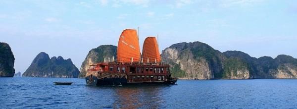 Ha Long Bay cruises - Violet Cruise