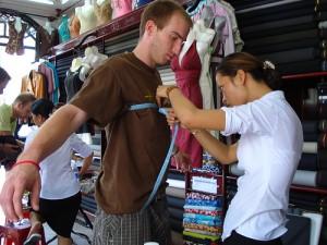 Vietnam travel tips - Buy a suit in Vietnam