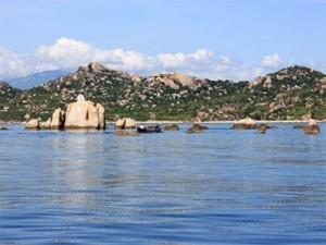 Binh Hung Island awaits nature adventurers